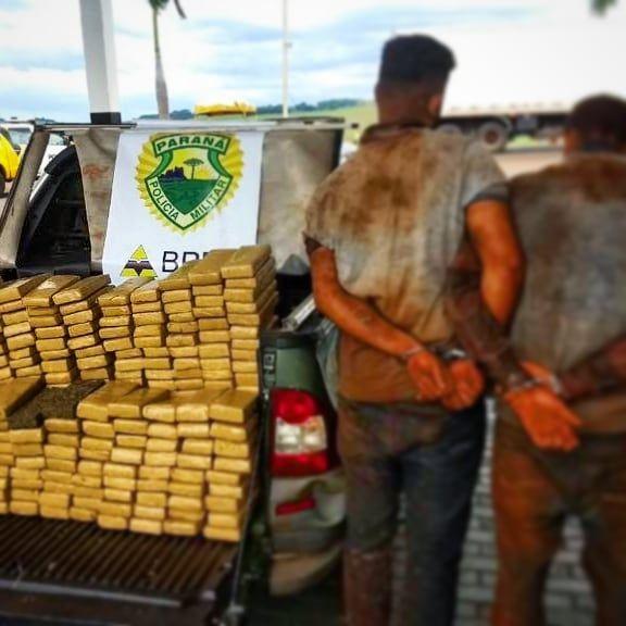 Ação do Batalhão de Polícia Rodoviária com apoio do 4°BPM e BPMOA termina com a apreensão de 198kg de maconha em Doutor Camargo!