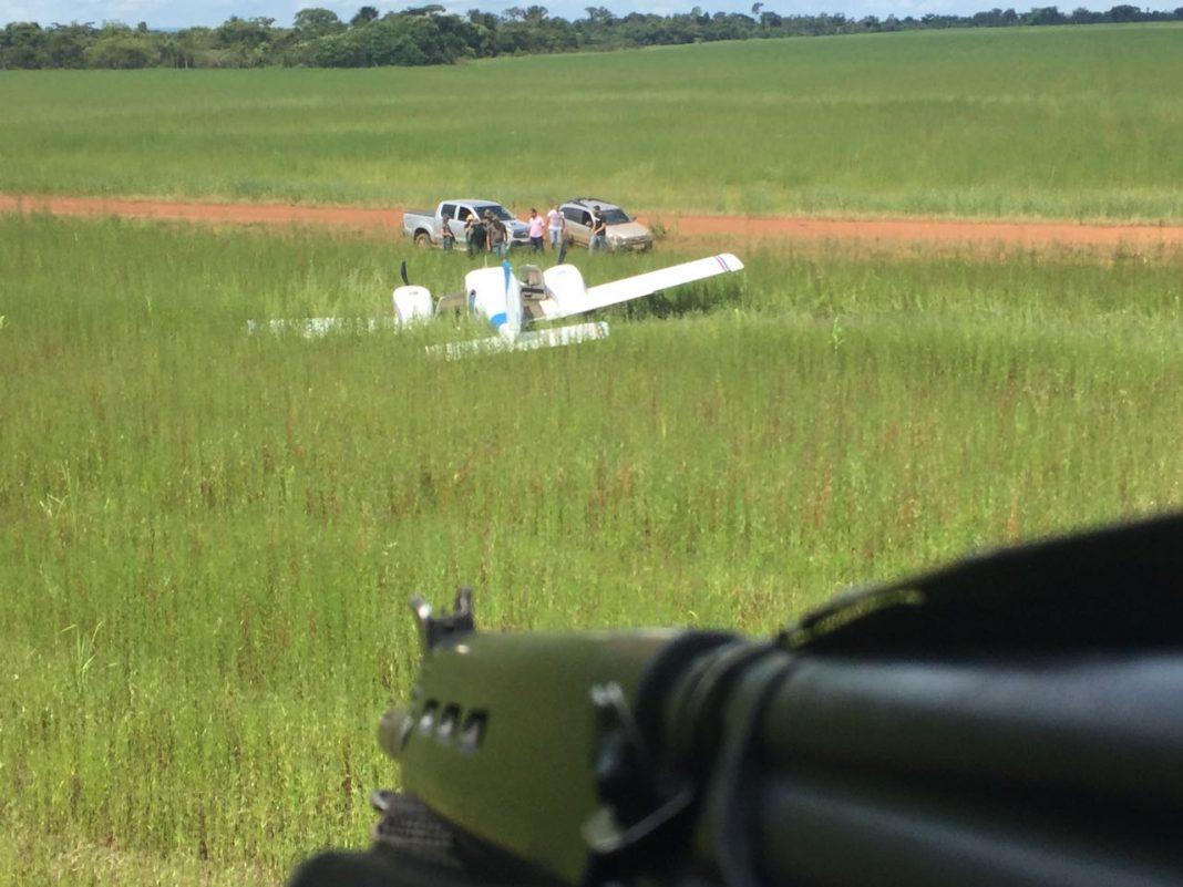 Ação conjunta entre FAB, PF e CIOPAER resulta em apreensão de aeronave com drogas