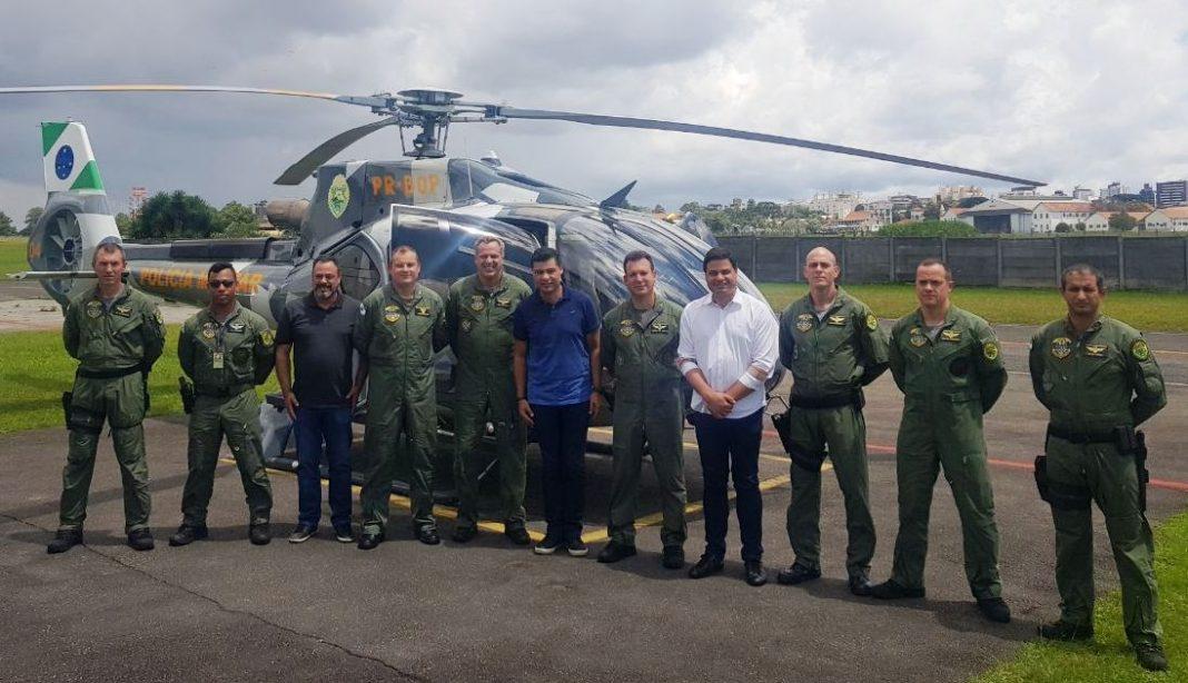 Prefeito Marcelo Rangel visitou hoje a base militar de Curitiba