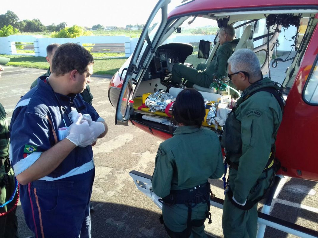 Samu Aeromédico socorre duas crianças no interior de Alagoas. Foto: Samu Alagoas