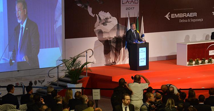 LAAD 2017 - Ministro Jungmann anuncia medidas para incentivar a Base Industrial de Defesa