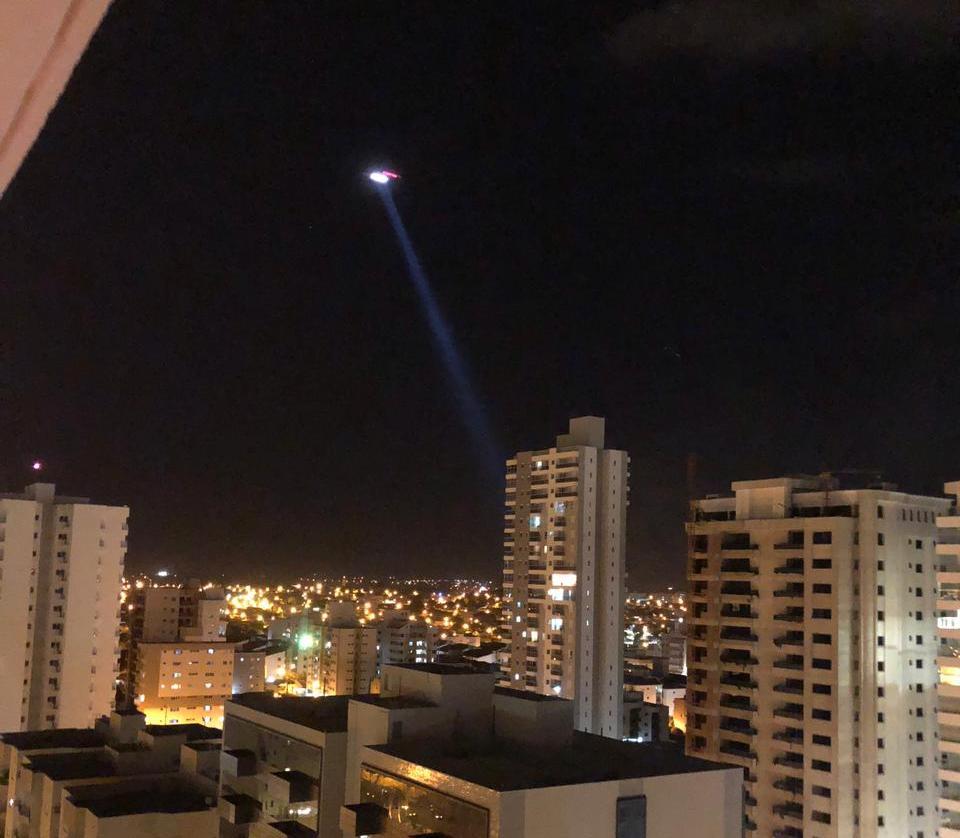 Incêndio em apartamento mobiliza Corpo de Bombeiros e helicóptero Águia em Rio Preto. Foto: Divulgação.