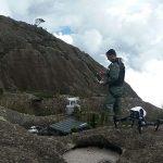 Drones da PM de Minas Gerais são utilizados nas buscas por atleta francês desaparecido no pico dos Marins
