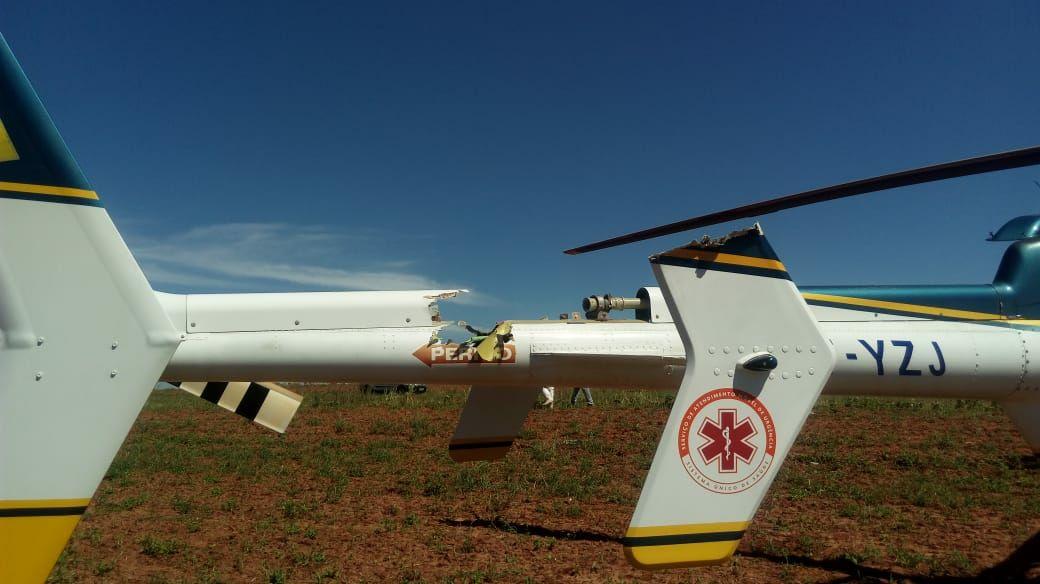 """Helicóptero """"Patrulha 01"""" da PRF faz pouso de emergência após pane de motor e tripulantes passam bem"""