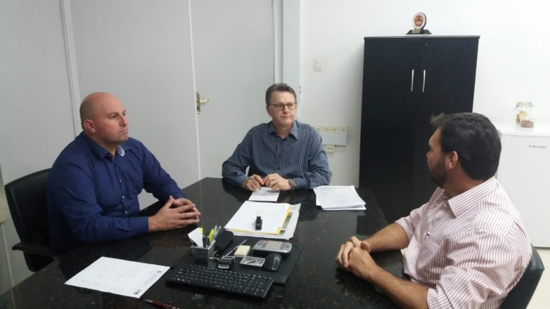 Negociações entre Saúde, SAMU e SAER da Polícia Civil avançam para atendimento aeromédico no Sul de Santa Catarina. Foto: Divulgação.