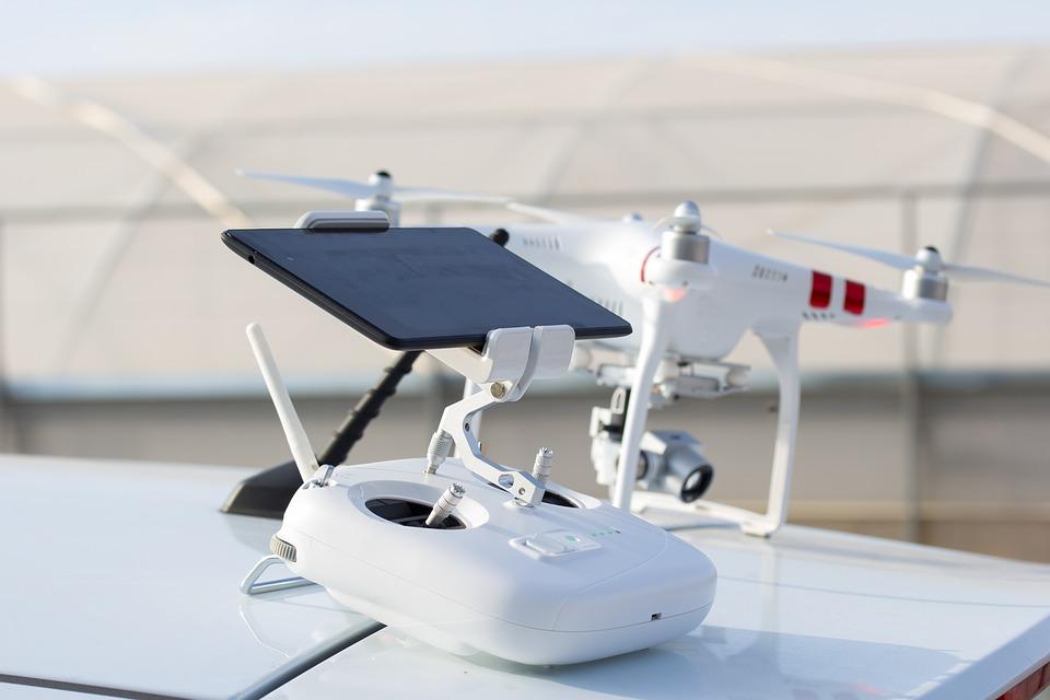 drone-2392925_960_720 (1)