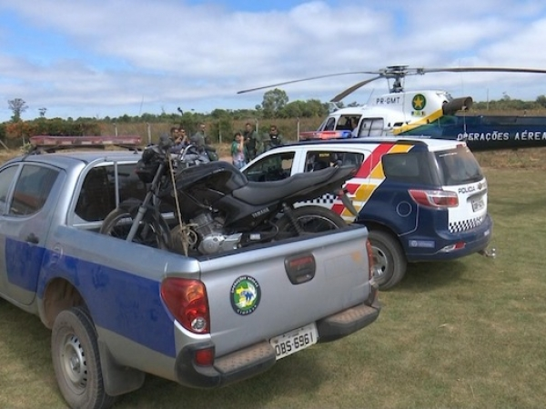 Helicóptero do CIOPAer localiza motocicleta roubada em assentamento em Sorriso, MT