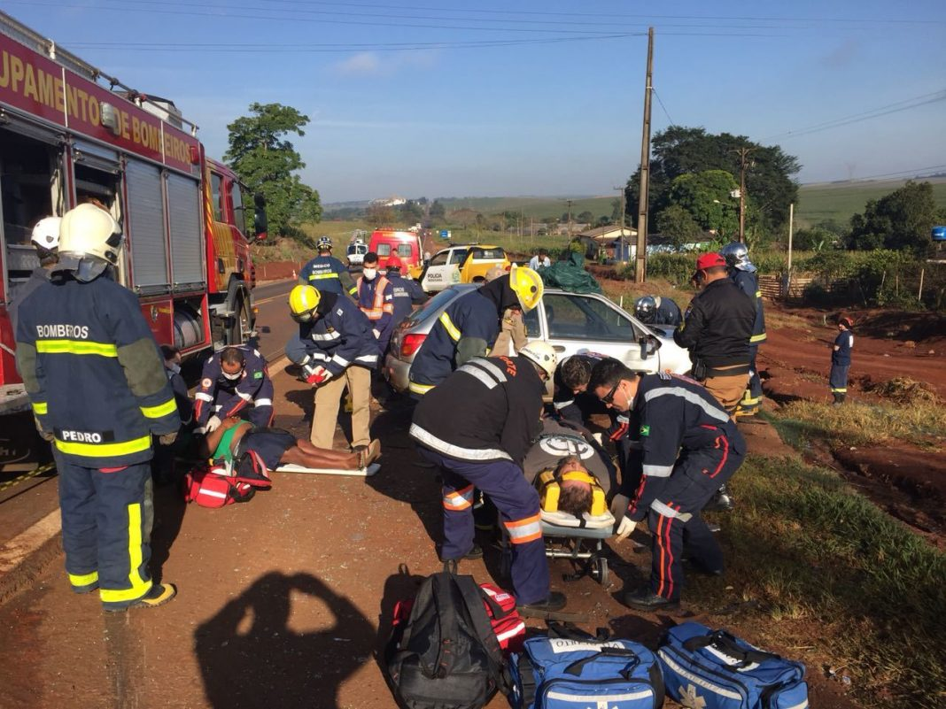 Helicóptero do SAMU Maringá socorre vítima de acidente na PR-317.