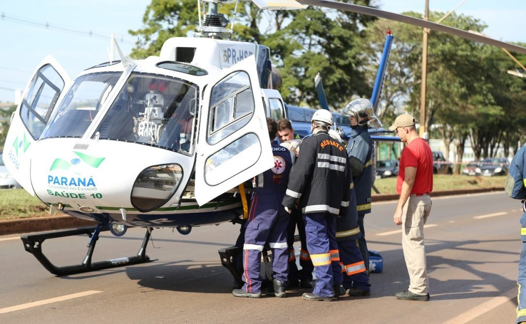 Capotamento com vítima presa nas ferragens movimenta serviço aeromédico de Maringá.