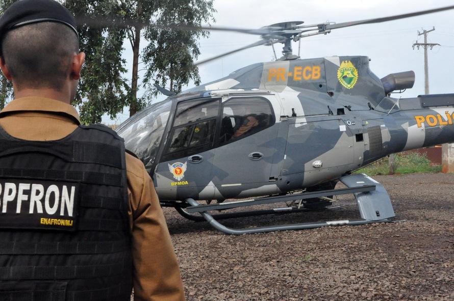 Mais de 1,1 mil agentes de segurança pública, além de aeronaves e embarcações, foram empregados no Estado do Paraná durante a primeira fase da Operação Esforço Integrado, que teve início no mês de junho e abrange 139 municípios do Oeste paranaense. Nesta sexta-feira (29) a Secretaria de Estado da Segurança Pública, juntamente com representantes das forças policiais municipais e federais, apresentaram o balanço da operação. Curitiba, 26/06/2018. - Foto: Divulgação SESP