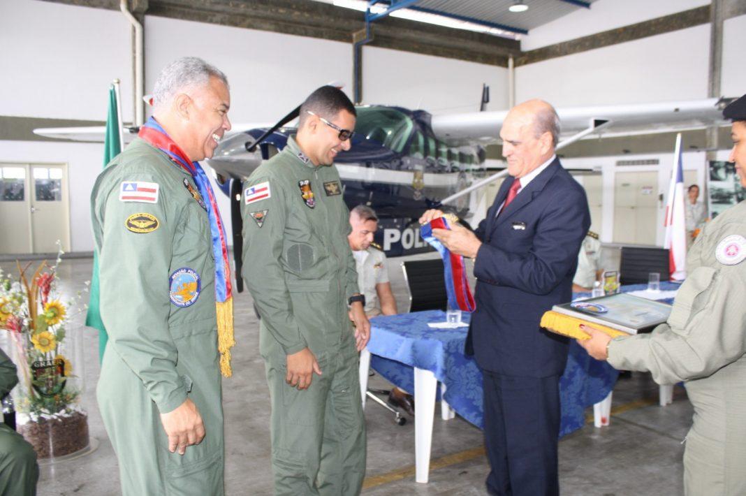 GRAER realiza solenidade de formatura de tripulantes, ascensão de piloto e entrega de viaturas