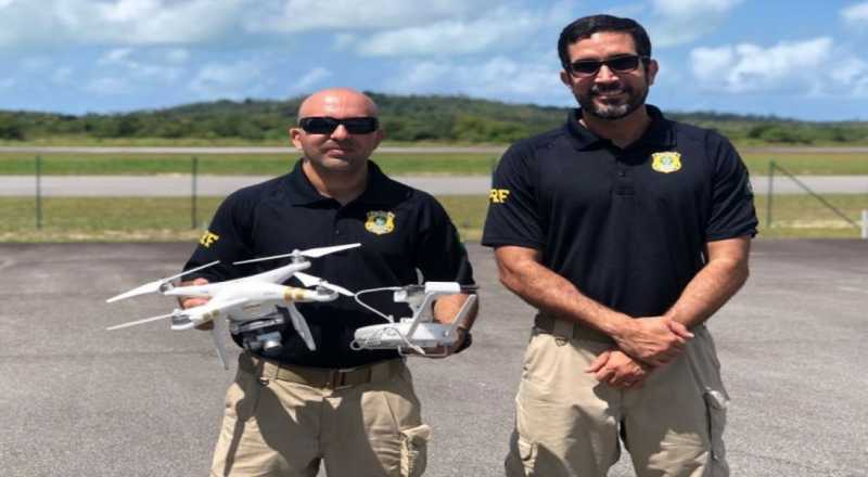 O curso teve como objetivo instruir através da teoria e prática, técnicas de manuseio e métodos para introduzir o Drone na Corporação, objetivando oferecer maior segurança e consequente aplicabilidade para o efetivo na operacionalidade.