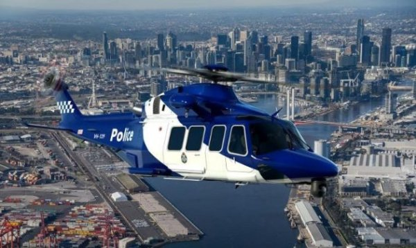 Helicóptero utilitário AW139 nas cores da Polícia Australiana.