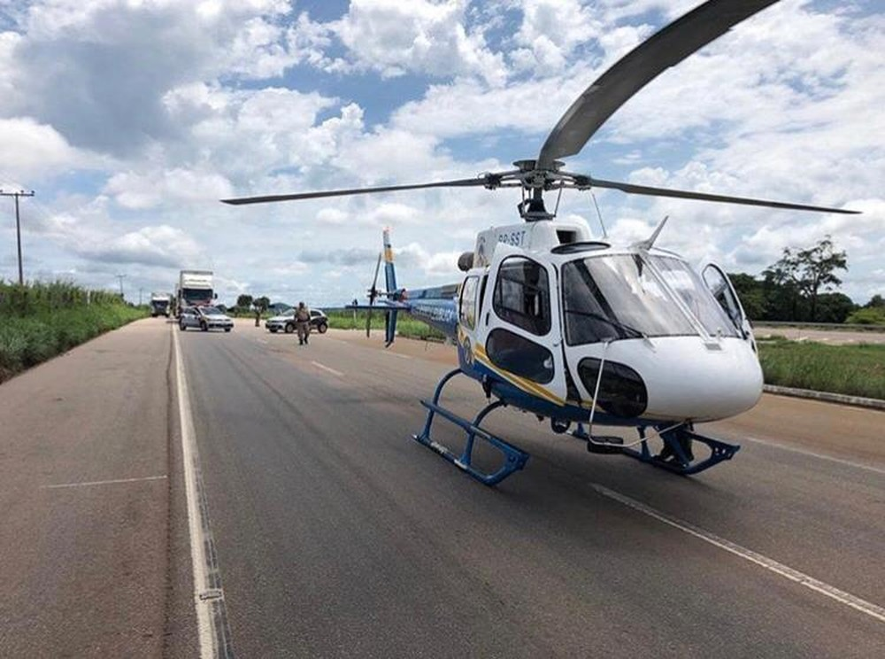 Rodovia foi parcialmente interditada durante o resgate — Foto: Divulgação/Ciopae