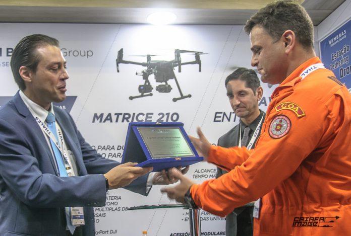 Durante a LAAD Defence and Security 2019, a empresa homenageou em seu estande algumas unidades operadoras de aviação de segurança pública, socorro e resgate em uma cerimônia entregando placas alusivas ao evento.