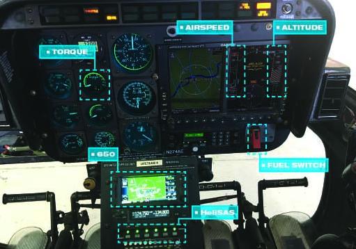 Além de seu treinamento, os controladores do Centro de Comando da Air Evac agora têm um cartaz para fazer referência ao falar com um membro da tripulação em caso de um evento de incapacitação do piloto. Foto de Air Evac