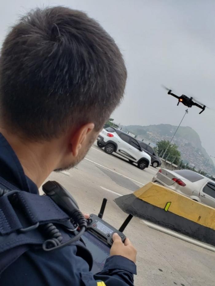 Drones vão auxiliar nas operações da Polícia Rodoviária Federal na BR-101, altura da Niterói/Manilha - Rodrigo Menezes / Divulgação