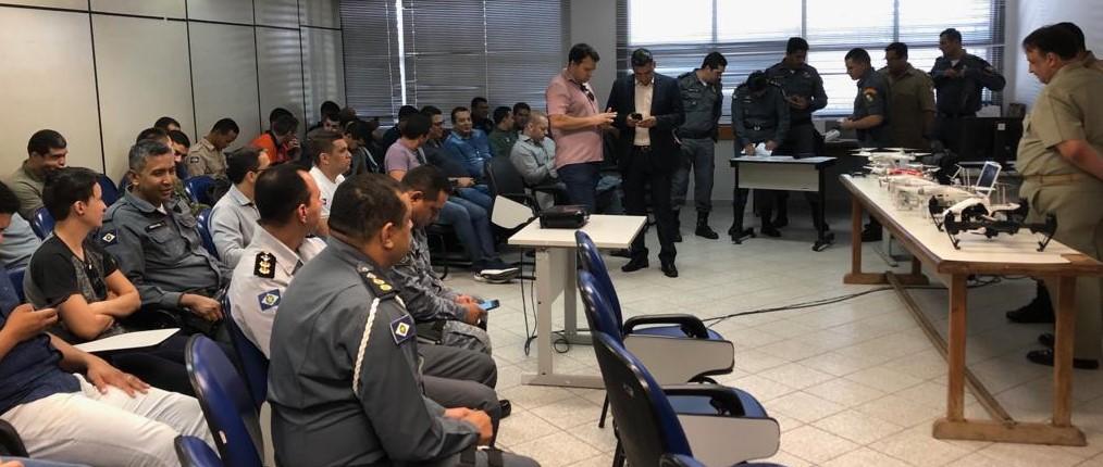 Dentre os participantes estão servidores da Sefaz, das Polícias Militar, Civil e Judiciária, Corpo de Bombeiros, Politec, Ciopaer, Gefron, Defesa Civil e Marinha. - Foto por: SD ELIAS /PMMT