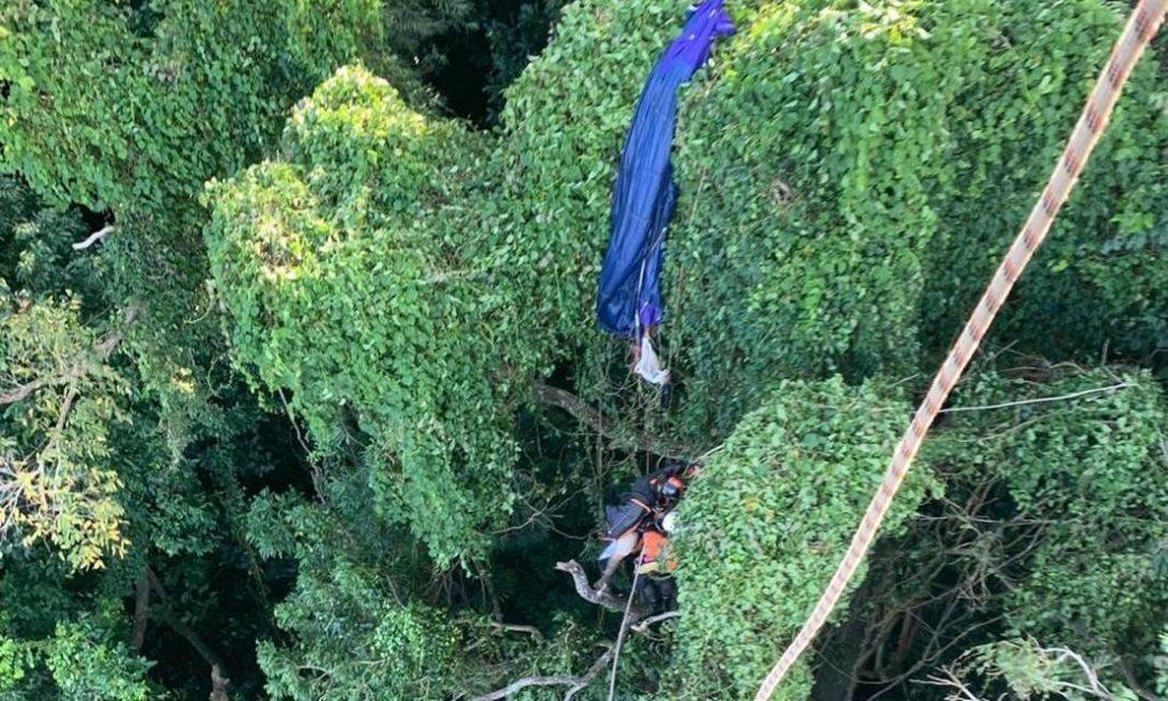 Foram necessários 28 metros de corda para o resgate Foto: divulgação/Policia Civil