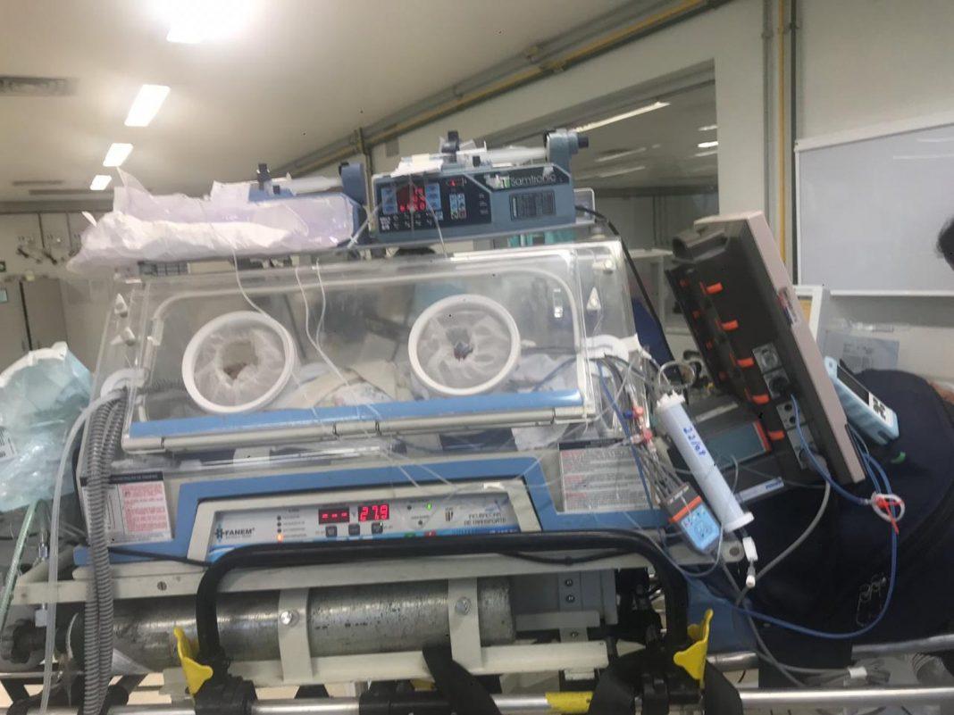 Bebê com problema cardíaco é transferido de Petrópolis, RJ, para hospital no Rio — Foto: Divulgação/Corpo de Bombeiros