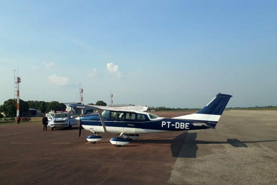 Os aviões foram apreendidos pela polícia e agora servirão às ações de segurança pública