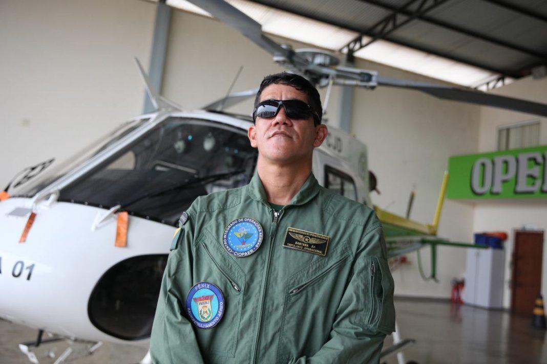Erivan Santana foi um dos primeiros profissionais a atuar no Centro Integrado em Operações Aéreas (Ciopaer) Fotos: Odair Leal/Secom
