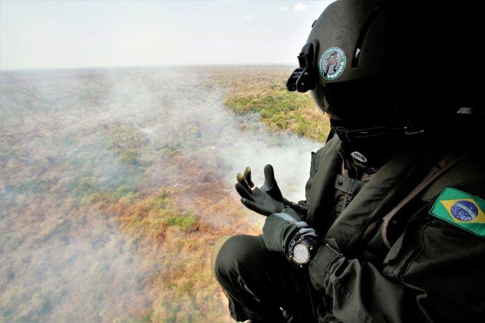 Do alto, a facilidade de localização do foco de calor e a redução de tempo para chegar ao local e iniciar o combate:Foto-Saul-Schramm