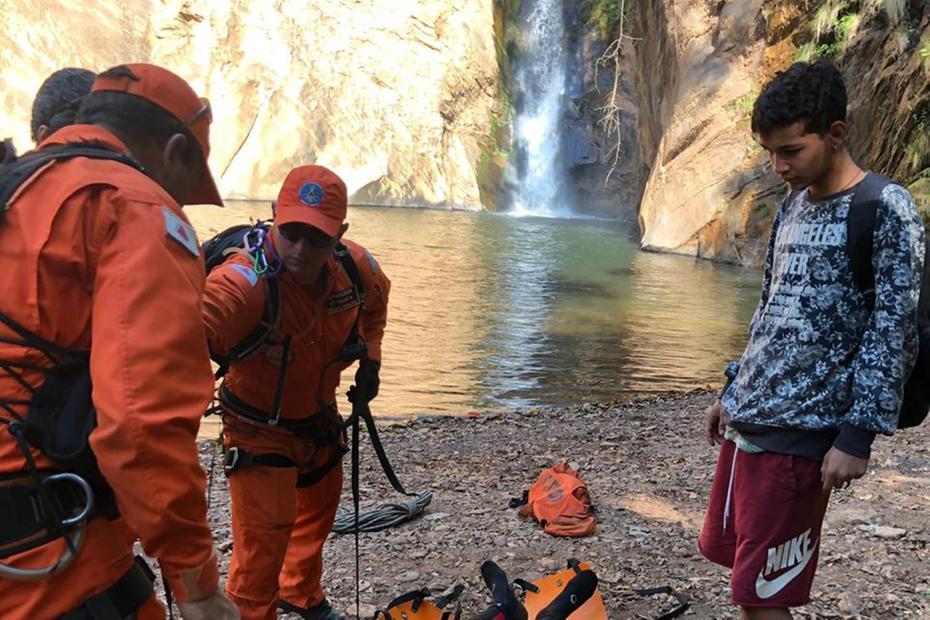 A vítima, Jean Carlos da Silva Gasparete, de 29 anos, é de Uberaba, no Triângulo Mineiro, e tinha ido à cachoeira com amigos para conhecer o local Foto: CBMMG/Divulgação