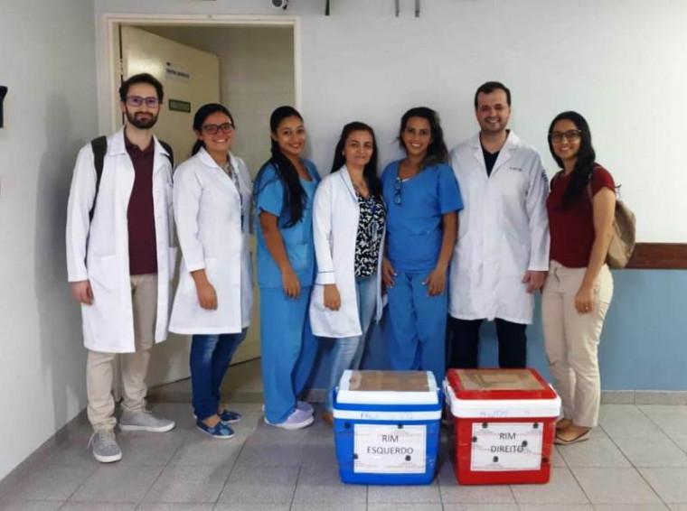 Equipe médica que fez a captação / Foto: Divulgação/Saúde