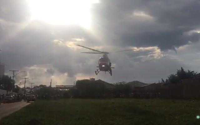 Samu resgata jovem de 24 anos que sofreu acidente ao ir buscar namorada no Enem — Foto: Divulgação/Samu
