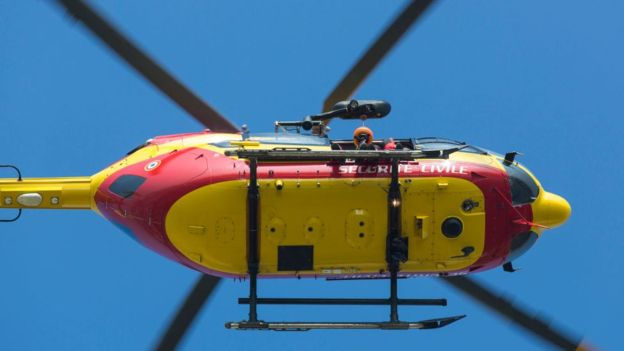A equipe de resgate estava em um helicóptero EC145 semelhante a este foto:GETTY IMAGES