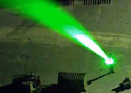 Homem-Laser-Helicóptero-Polícia-Flórida