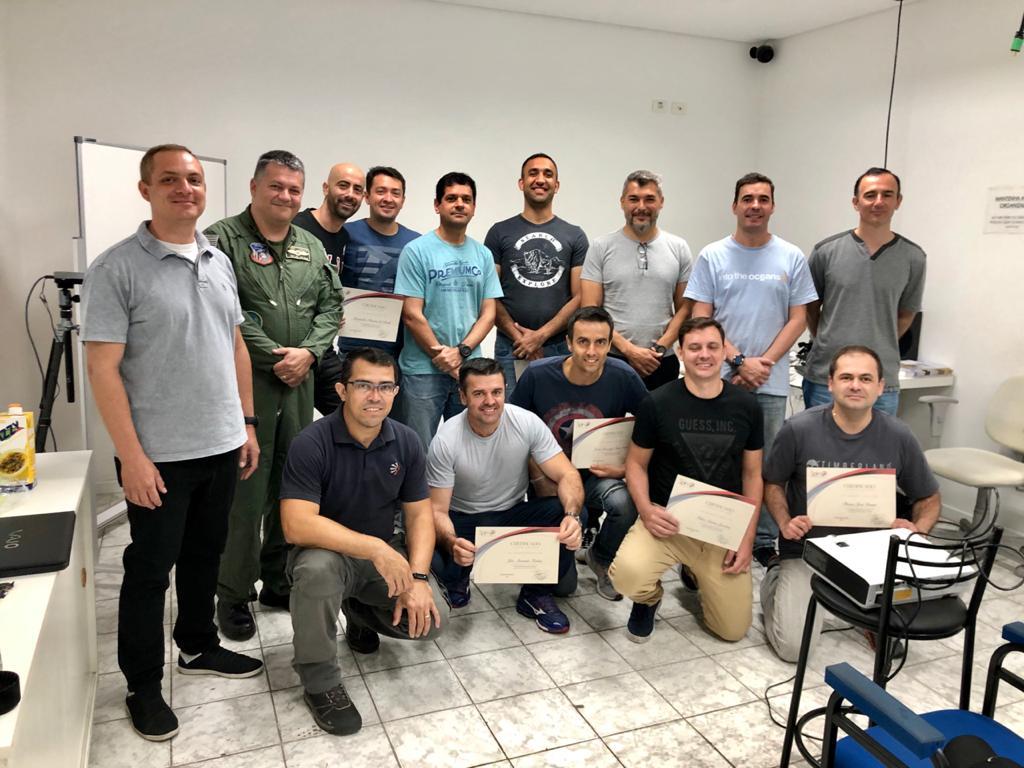 Spin Assessoria - Treinamento Comando de Aviação PMESP
