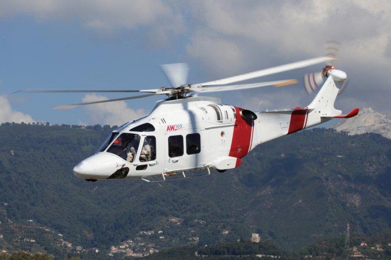A cabine configurada médica personalizada do Trauma Hawk atenderá aos mais recentes padrões de ambulâncias aéreas de helicópteros dos EUA para segurança e operacionalidade. Fotos de Leonardo