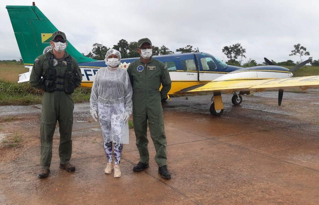 Equipe do Ciopaer em apoio da Sesacre, entrega material de proteção e medicamentos nos municípios de Marechal Thaumaturgo e Porto Walter Foto: Cedida