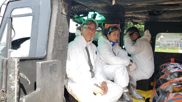 Equipe aérea do Corpo de Bombeiros recebeu treinamento para transportar pacientes na maca bolha, no RJ — Foto: Corpo de Bombeiros/Divulgação