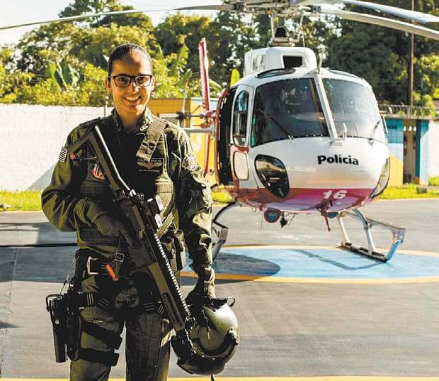 Soldado PM Bianca Moreira, de São José dos Campos