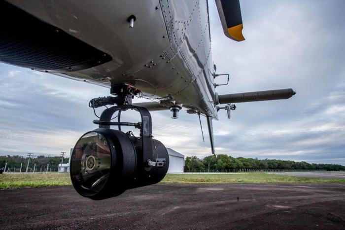 Equipamento é acoplado à aeronave da BM Marco Favero / Agencia RBS
