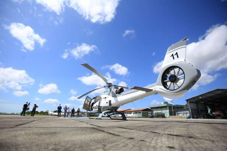 Aeronave-apreendida-em-combate-ao-crime-organizado-passa-a-ser-utilizada-pelas-Forças-de-Segurança-do-Ceará-11-768x512