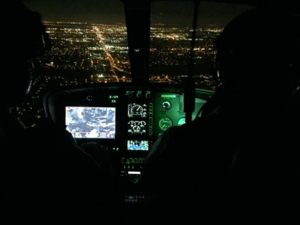 Aeronave policial e drones