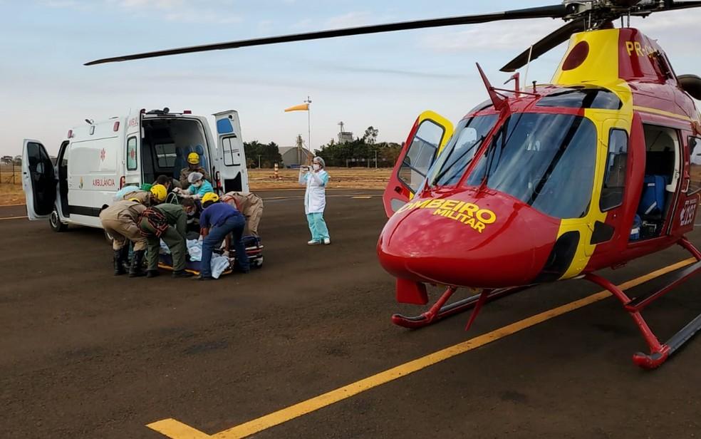 Servidor do ICMBio é levado em estado grave de helicóptero para Goiânia, Goiás — Foto: Divulgação/Corpo de Bombeiros de Goiás