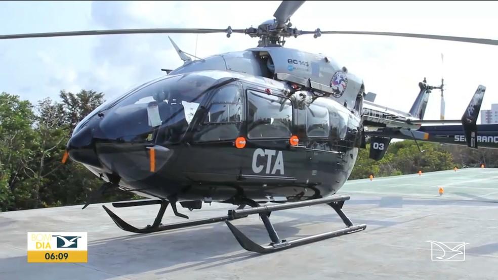 Helicóptero da polícia do Maranhão está parado há 2 anos. — Foto: Reprodução/TV Mirante.
