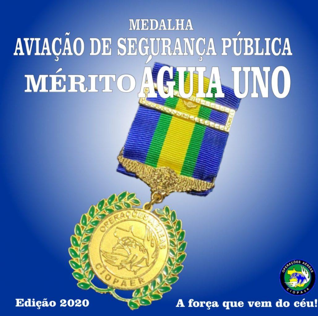 """Medalha """"Mérito Águia Uno"""""""