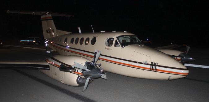 N363JH-KA200-bering-air-wheel-up-runway