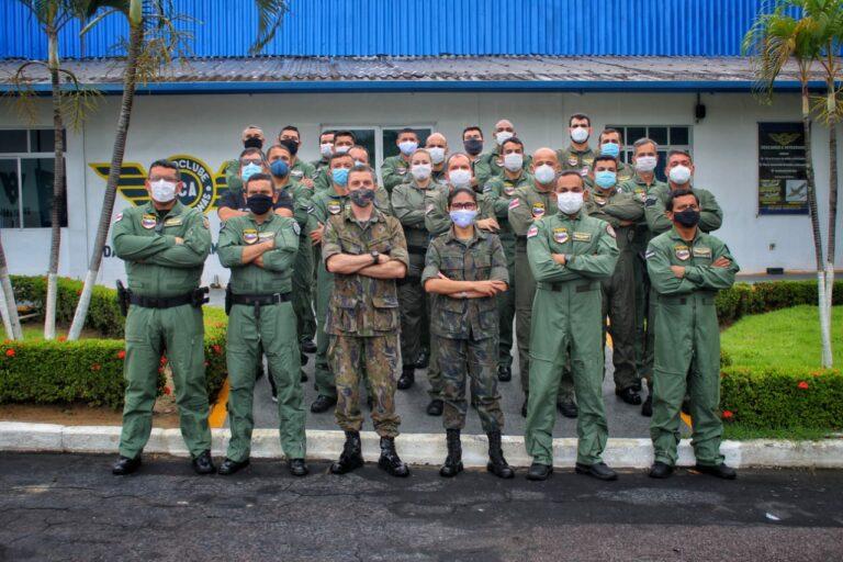 O objetivo do curso é fornecer conhecimento aos integrantes do departamento para a contenção de erros humanos e maior segurança de voo. (Fotos: Carlos Soares/SSP-AM)