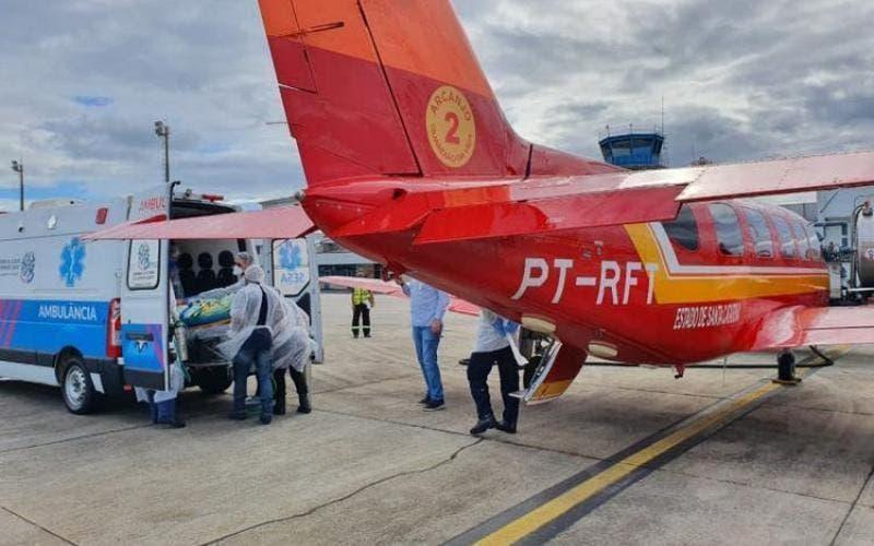 Cinco pacientes com Covid-19 foram levados de SC até o ES por causa da falta de leitos de UTI(Foto: Corpo de Bombeiros / Divulgação)
