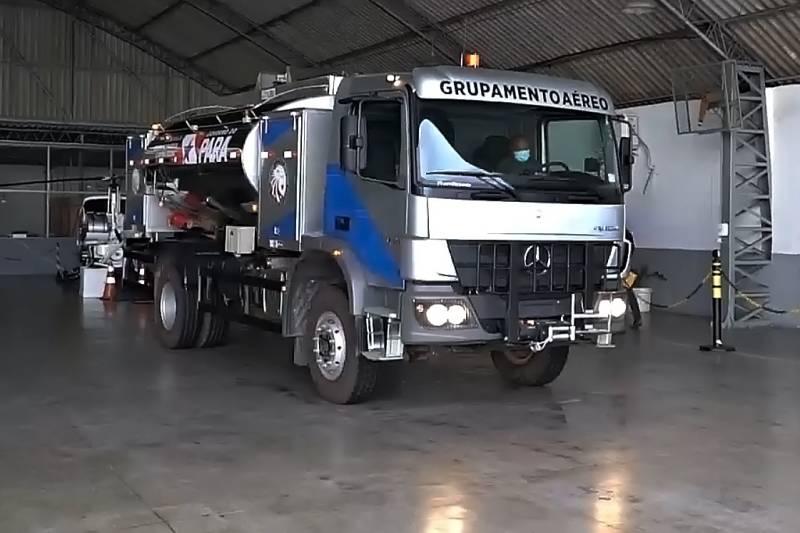 O novo caminhão-tanque é um investimento do Estado na ampliação da eficiência dos serviços prestados pelo Graesp à população