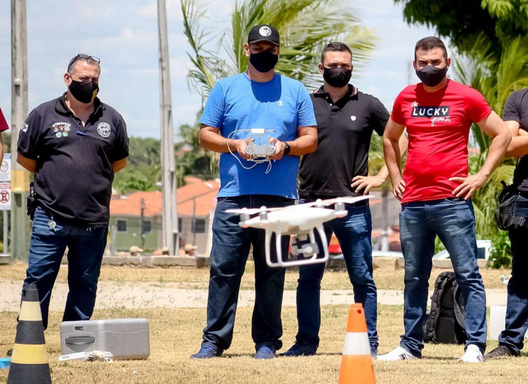 A Academia Estadual de Segurança Pública do Ceará (Aesp/CE) realiza, até o próximo dia 18, mais uma turma do Curso de Operador de Drone voltado para a Segurança Pública.