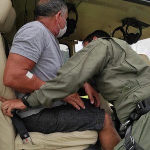 Paciente com lesão na perna foi conduzido para cirurgia em Cruzeiro do Sul Foto: Cedida.